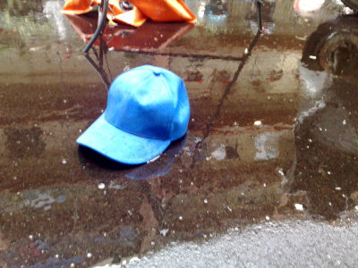 cap blu